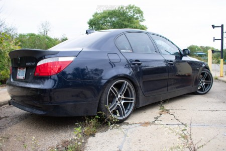 2007 BMW 530xi - 19x9.5 40mm - Alzor 730 - Coilovers - 245/35R19