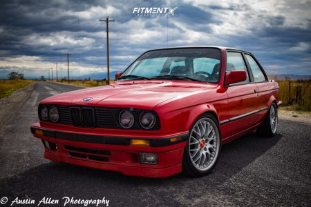 1991 BMW 318is - 17x7.5 20mm - BBS Rs740 - Coilovers - 215/45R17