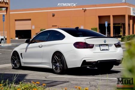 2014 BMW 4 Series - 20x9 35mm - Apex Arc-8 - Stock Suspension - 245/35R20