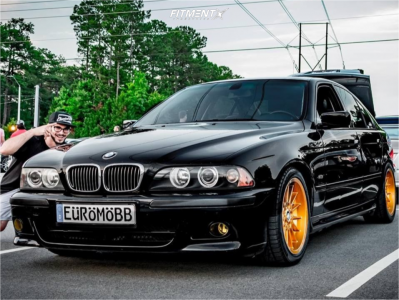2001 BMW 540i - 17x8.5 22mm - BMW 32 - Lowering Springs - 225/45R17