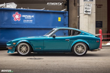 1977 Nissan 280Z - 17x9.5 -29mm - SSR Mk1 - Coilovers - 215/40R17