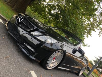 2012 Mercedes-Benz E300 - 19x8.5 35mm - Rotiform Ccv - Air Suspension - 225/35R19