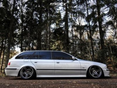 2003 BMW 525i - 18x10.5 15mm - 7twenty Style 46 - Air Suspension - 225/35R18