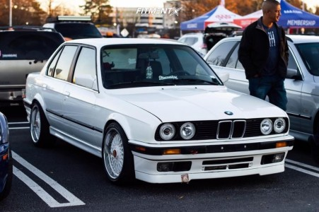 1991 BMW 318i - 17x8 30mm - BBS Rc090 - Coilovers - 215/40R17