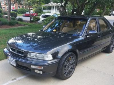 1991 Acura Legend - 18x8.5 45mm - Motegi Mr118 - Stock Suspension - 235/40R18