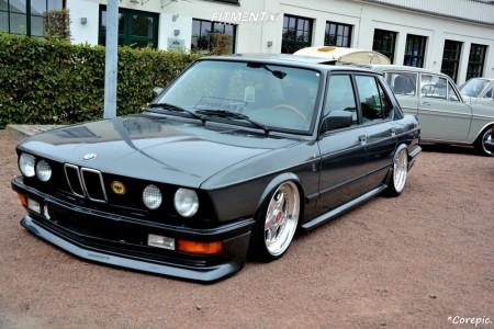 1986 BMW 5 Series - 17x9.5 20mm - BBS Rf - Air Suspension - 225/35R17