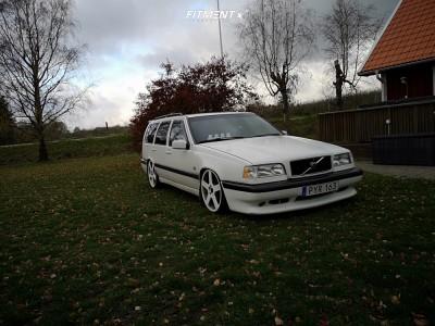 1996 Volvo 850 - 19x8 45mm - Ocean 19R - Coilovers - 215/35R19