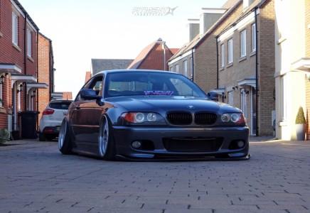 2005 BMW 325Ci - 18x9.5 0mm - Work Brombacher - Air Suspension - 205/40R18