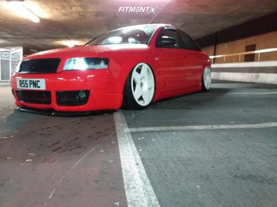 2002 Audi A4 - 19x9.5 35mm - Fifteen52 Tarmac - Air Suspension - 225/35R19