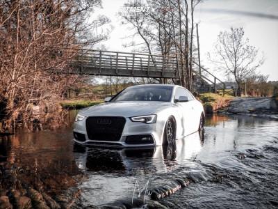 2016 Audi A5 Sportback - 19x8.5 30mm - ESR Sr01 - Air Suspension - 215/30R19