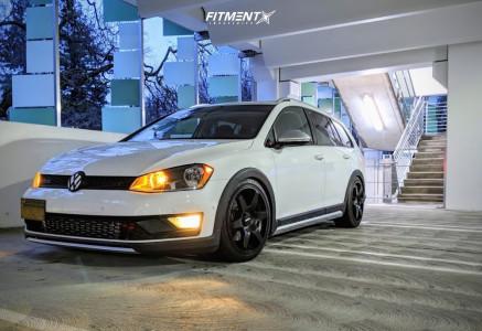 2017 Volkswagen Golf Alltrack - 18x8.5 45mm - Rotiform Six - Coilovers - 225/40R18