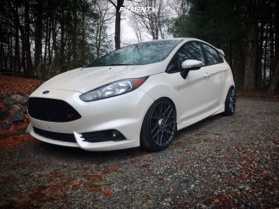 2017 Ford ST - 17x8 30mm - Rotiform Rse - Coilovers - 205/40R17