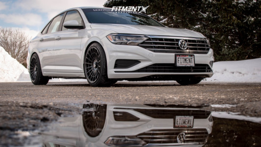 2019 Volkswagen Jetta - 18x9.5 35mm - Rotiform Las-r - Coilovers - 235/40R18