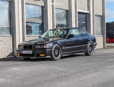 1999 BMW 3 Series - 18x8.5 35mm - GsPerformance T2002R - Coilovers - 225/40R18