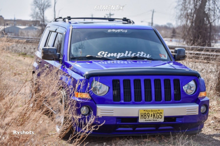 2007 Jeep Patriot - 20x10.5 15mm - MRR Vp3 - Coilovers - 245/35R20