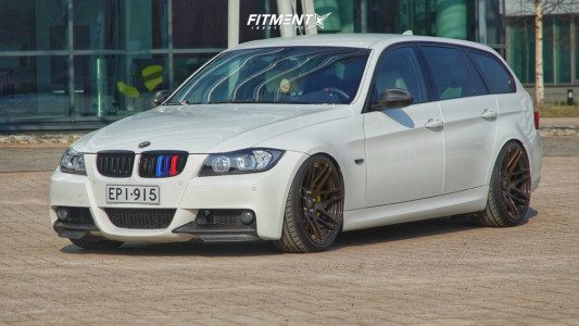 2008 BMW 335xi - 19x9.5 22mm - Forgestar F14 - Coilovers - 225/35R19