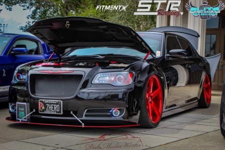 2013 Chrysler 300 - 22x9 15mm - STR 607 - Air Suspension - 265/35R22