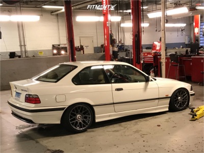 1998 BMW 323is - 17x8 35mm - Rotiform Rse - Coilovers - 205/40R17