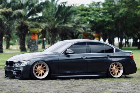 2014 BMW 320i - 20x9 45mm - Rotiform Ozt - Air Suspension - 225/35R20