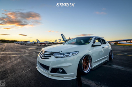 2010 Acura TSX - 19x10.5 11mm - Infinitewerks Dx-7 - Air Suspension - 205/35R19