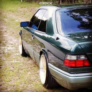 1994 Mercedes-Benz E320 - 18x8 34mm - JNC JNC005 - Lowering Springs - 205/40R18