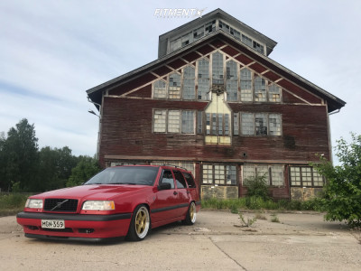 1995 Volvo 850 - 17x8 35mm - Japan Racing Jr6 - Coilovers - 195/40R17