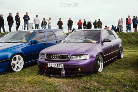 2001 Audi A4 - 18x9 30mm - Calibre Vintage - Air Suspension - 215/35R18