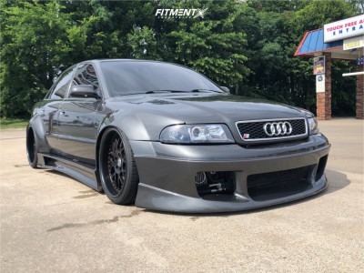 2000 Audi S4 - 19x10 15mm - IForged Swift - Air Suspension - 265/30R19