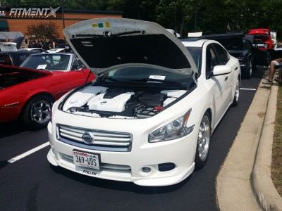 2012 Nissan Maxima - 19x8 40mm - Rial Nogaro - Lowered Adj Coil Overs - 245/40R19