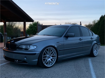 2004 BMW 330xi - 19x8.5 22mm - Replica M3 - Coilovers - 215/35R19