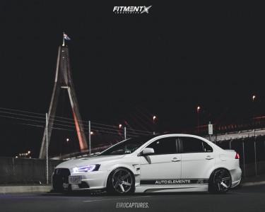 Cosmis Racing S1 18x10.5 5