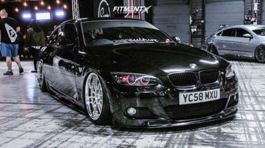 2008 BMW 3 Series - 19x9.5 36mm - OZ Racing Superleggera - Air Suspension - 235/35R19