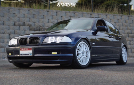 2000 BMW 323i - 17x8 35mm - OZ Racing Botticelli - Coilovers - 225/45R17
