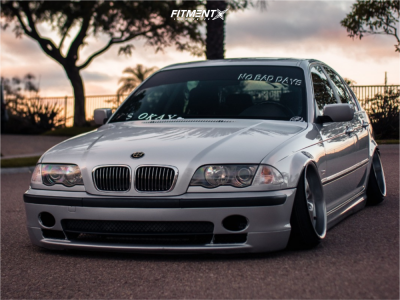 2001 BMW 330i - 17x9 8mm - BMW Style 40 - Coilovers - 195/40R17