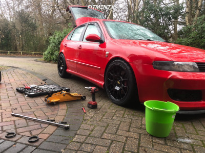 2005 Seat Leon - 18x8.5 30mm - BBS Ch - Coilovers - 225/45R18