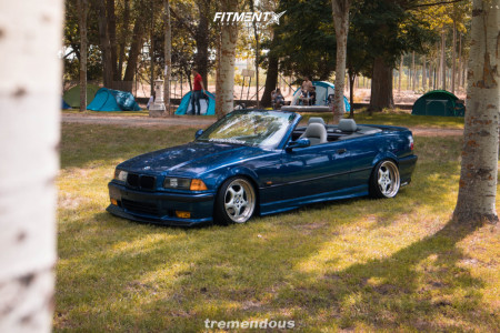 1995 BMW 320i - 17x9 35mm - Rondell 0067 - Coilovers - 205/40R17