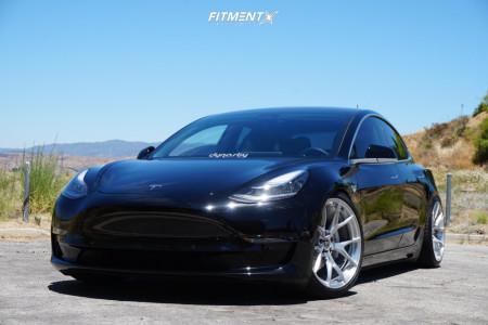 2018 Tesla 3 - 20x9 25mm - Signature Wheel SV104 - Lowering Springs - 245/35R20