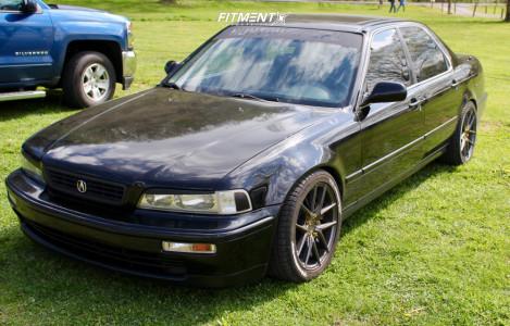 1995 Acura Legend - 17x8 40mm - Niche Targa - Coilovers - 245/45R17