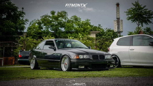 1993 BMW 328i - 17x8.5 20mm - Japan Racing Jr9 - Coilovers - 205/40R17