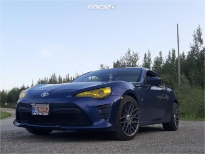 2017 Toyota 86 - 18x8.5 35mm - Rotiform Rse - Stock Suspension - 225/40R18