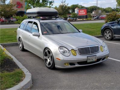2005 Mercedes-Benz E500 - 18x9.5 35mm - Rotiform Nue - Air Suspension - 245/45R18