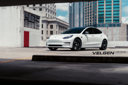 2019 Tesla 3 - 20x9 35mm - Velgen Vf5 - Stock Suspension - 245/35R20