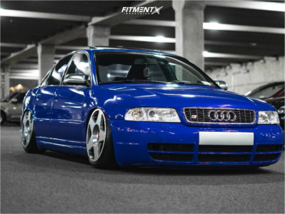 2000 Audi S4 - 18x9.5 30mm - Fifteen52 Tarmac - Air Suspension - 215/40R18