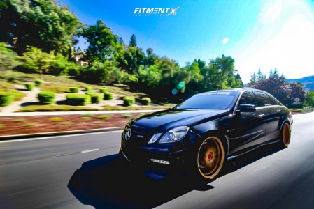 2012 Mercedes-Benz E63 AMG - 20x9 35mm - Rohana Rf2 - Lowering Springs - 265/35R20