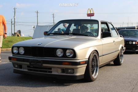1990 BMW 325is - 17x8.5 10mm - BBS Rs - Lowering Springs - 215/40R17