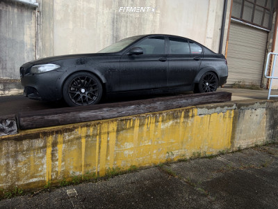 2015 BMW 535i - 18x9.5 22mm - ESR Sr12 - Stock Suspension - 245/45R18
