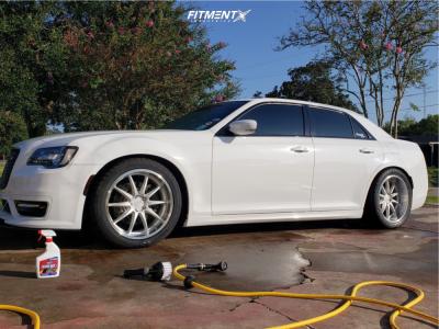 2017 Chrysler 300 - 20x9 20mm - XXR 527d - Lowering Springs - 275/40R20
