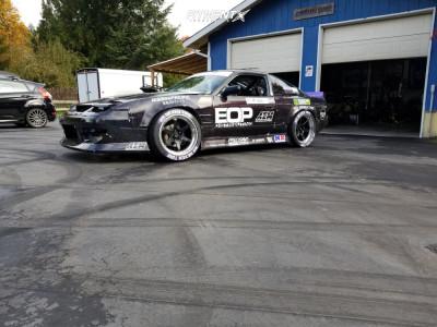 Cosmis Racing XT-006R 18x9.5 10