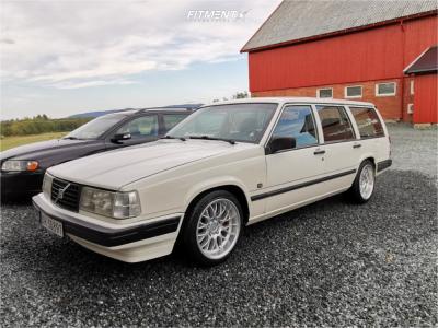 1995 Volvo 940 - 17x8.5 13mm - Ocean Super DTM - Lowering Springs - 225/45R17