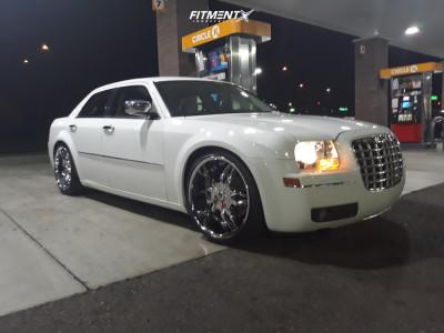 2010 Chrysler 300 - 22x9.5 15mm - Hipnotic MAKI - Lowering Springs - 265/30R22